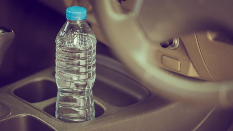 ¿No sabías? Manejar con deshidratación es tan peligroso como manejar con alcohol